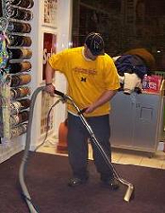 serving commercial business with carpet cleaning in Michigan